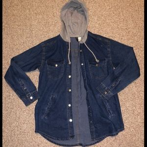 Hooded jean/denim jacket